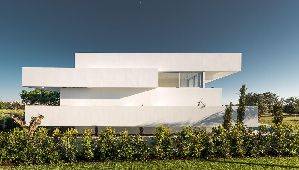 Five Terraces House by Corpo Atelier