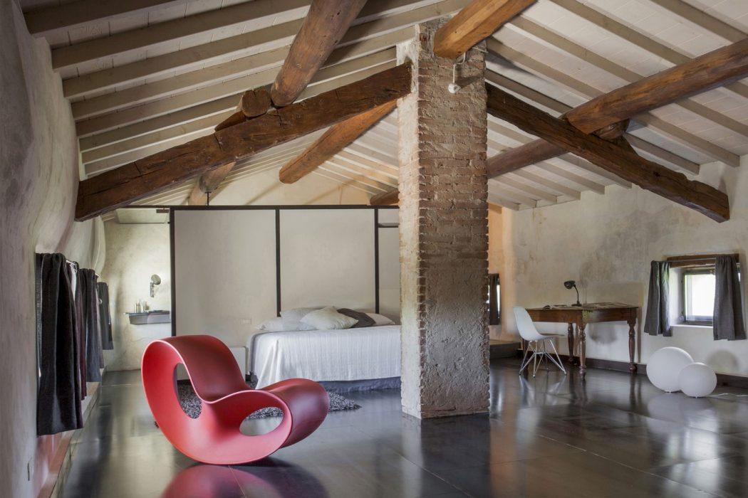 Home in Sarginesco by Giulia Prandi