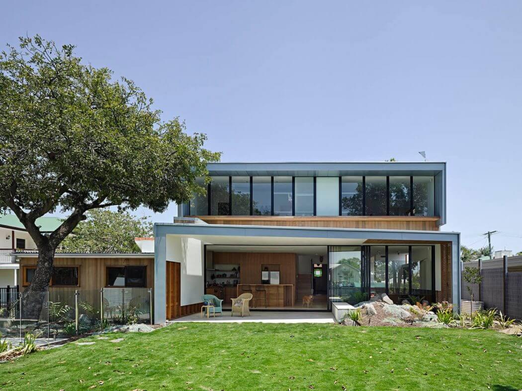 Bulimba Residence by Kieron Gait Architects