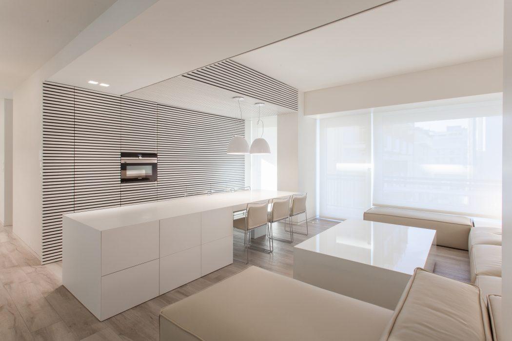 Bright Apartment by Andrea Trebbi