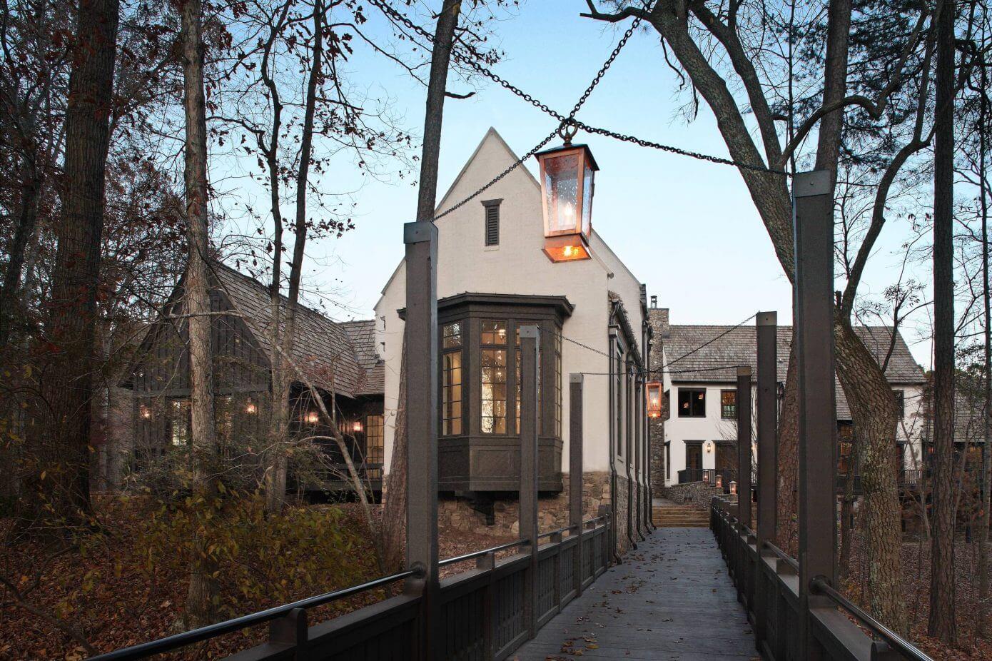 Swann Wynd Bridge House by NAHB