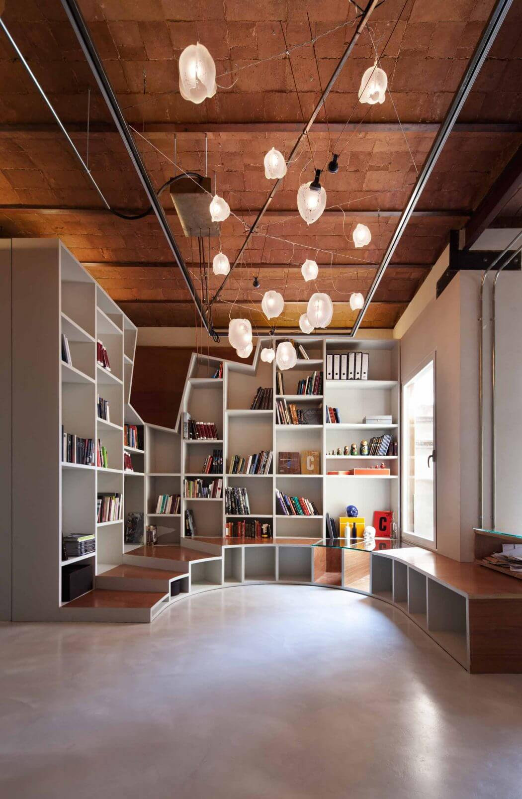 Apartment in Barcelona by Cometa Architects