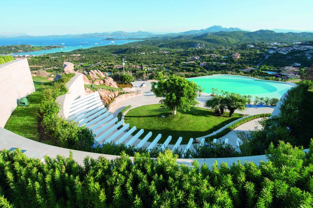 Private Villa in Sardinia by Exclusiva Design