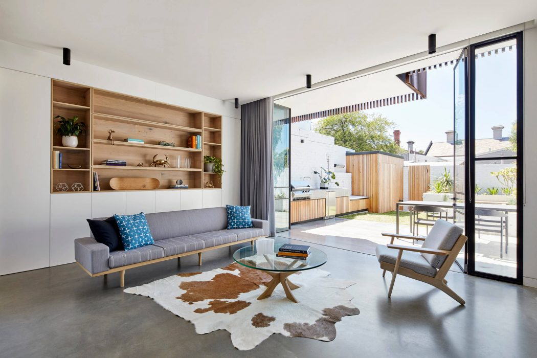 North Fitzroy House by MMAD Architecture
