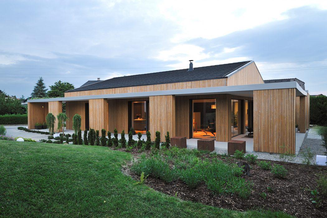 Modern House in Ptuj by AB Objekt