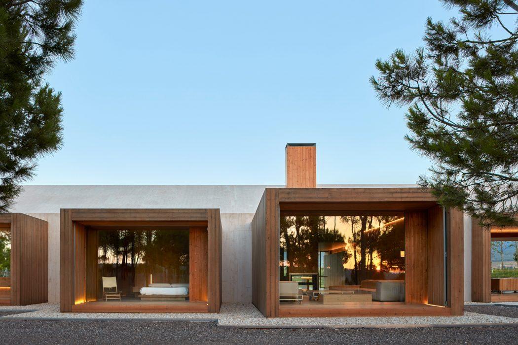 Cottage in Fontanars dels Alforins by Ramon Esteve Estudio