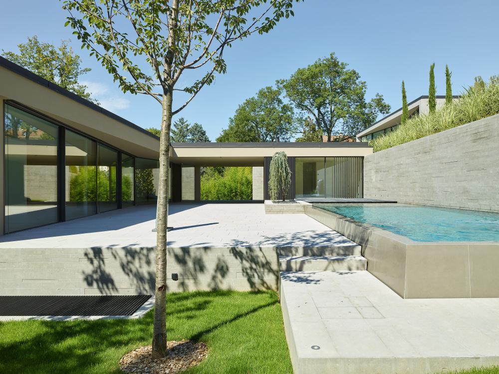 Villas Cousines by Daniela Q Carneiro
