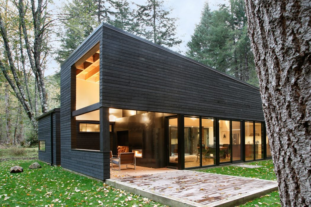 Courtyard House by Robert Hutchison Architecture