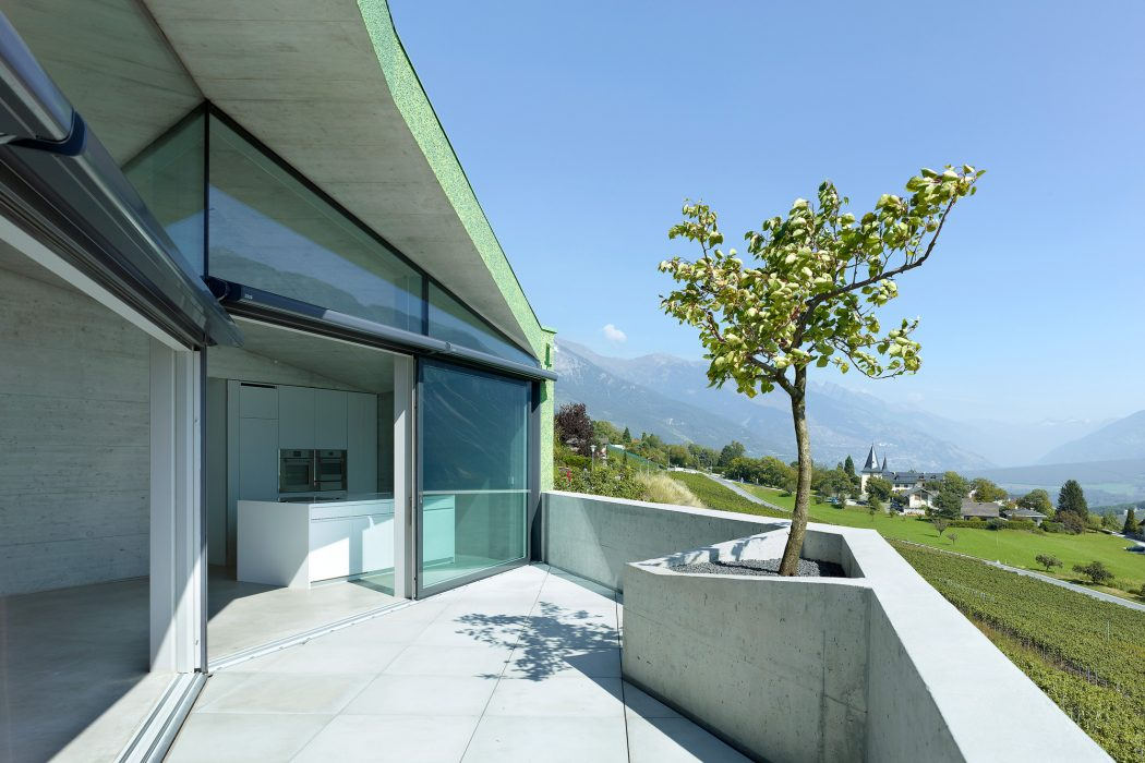 Contemporary House in Venthône by Meyer Architecture