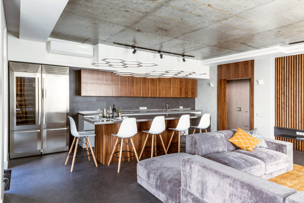 Status Apartment by Abis Dom