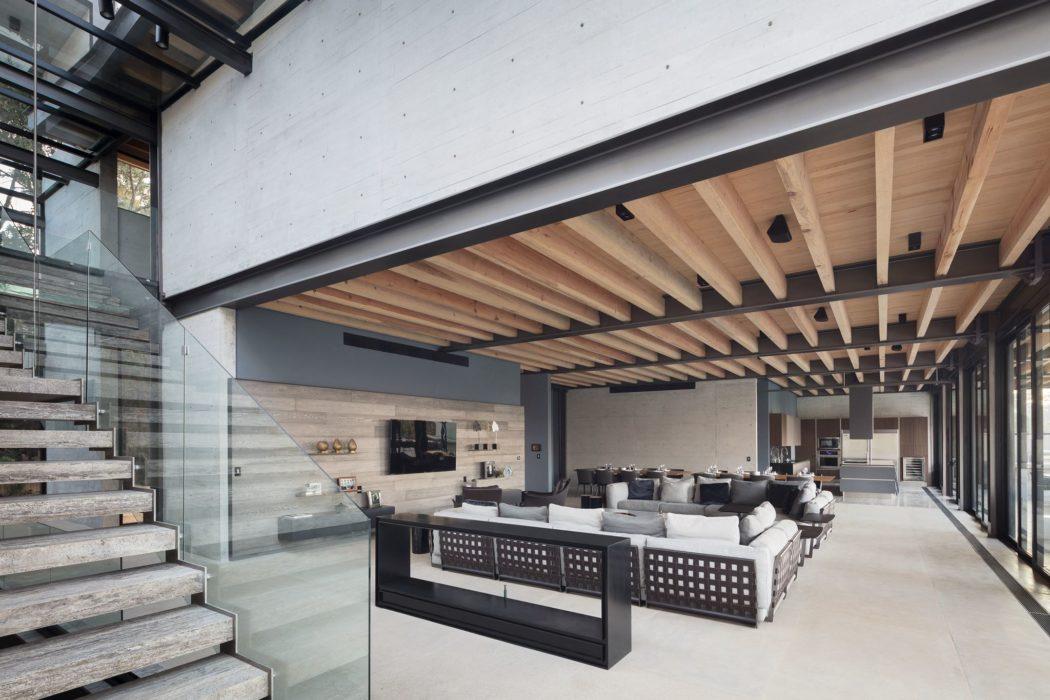 Casa Vista al Lago by Grupo Arquitectura