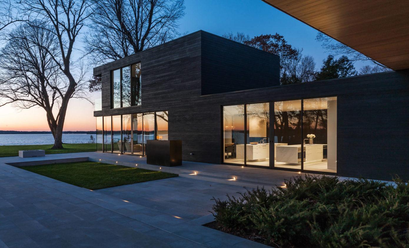 Lake Minnetonka Retreat by Snow Kreilich Architects