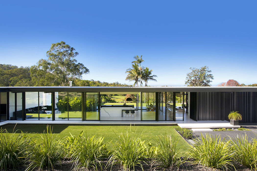 Glasshouse by Sarah Waller Architecture
