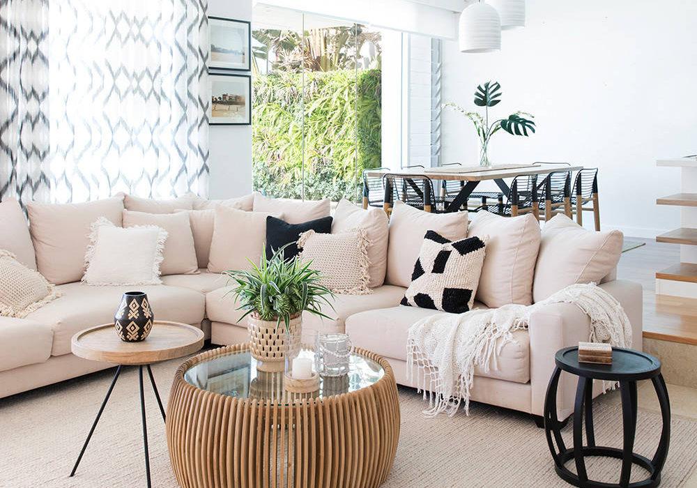 Residence in Broadbeach by Donna Guyler Design