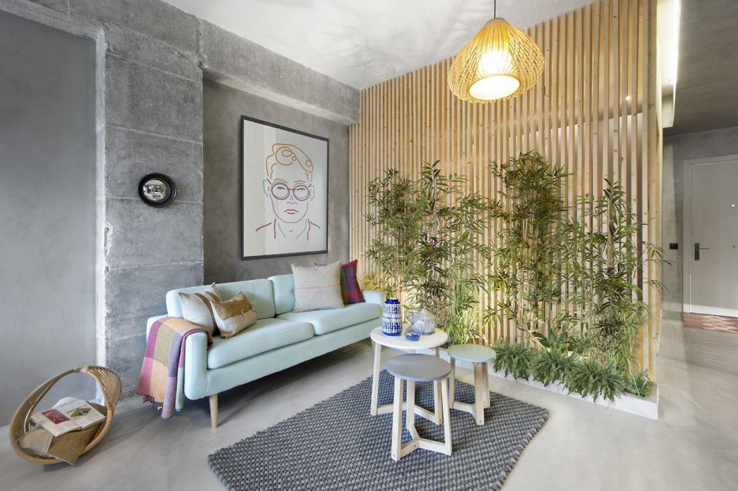 Home in Barcelona by Daniel Pérez
