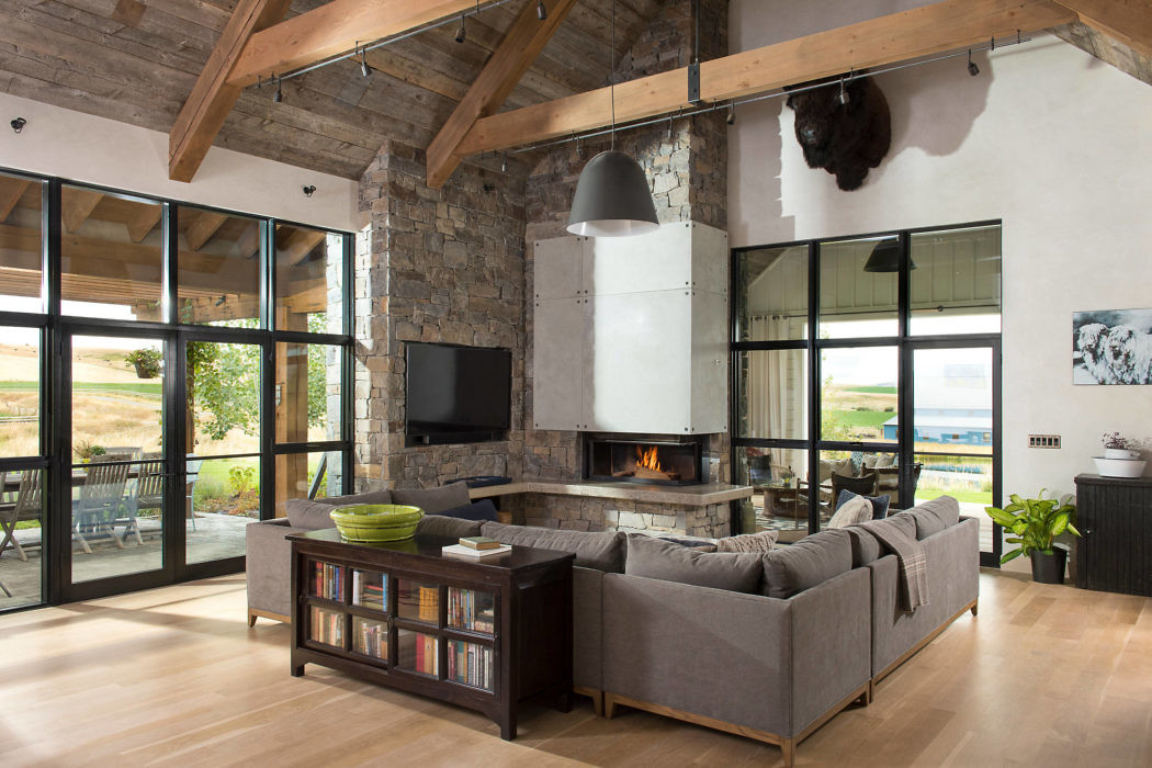 Bozeman Farmhouse By North Fork Builders Architecture