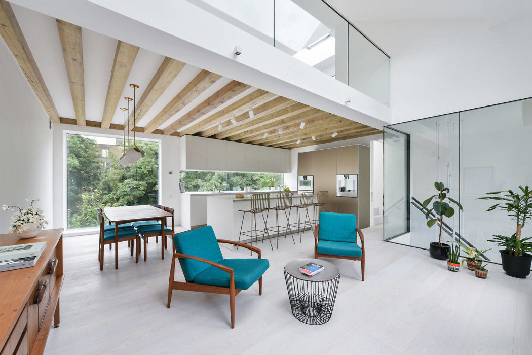 Mews House by Hogarth Architects