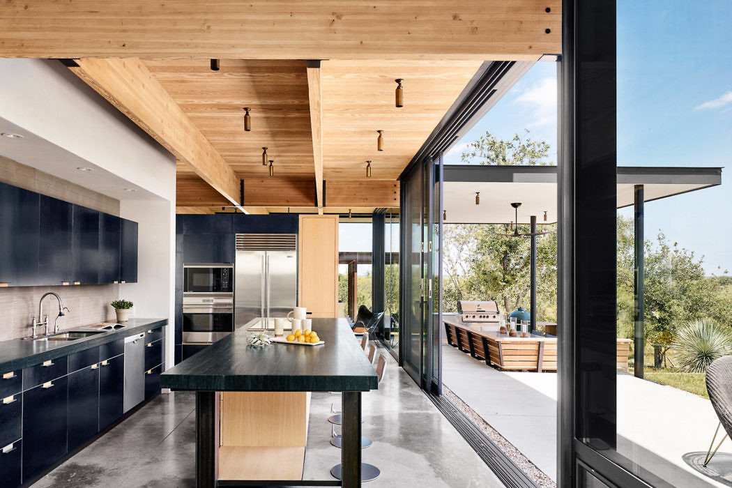 River Ranch by Michael Hsu Office of Architecture