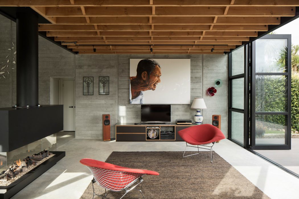 Anzac Bay House by Vaughn Mcquarrie Architects