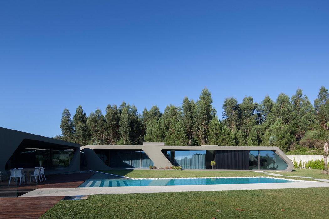House in Maia by Helder Coelho – Arquitecto