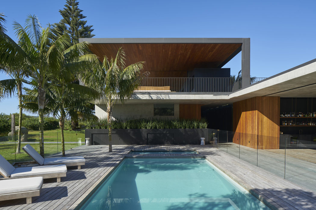 Sunrise House by MCK Architecture + Interiors