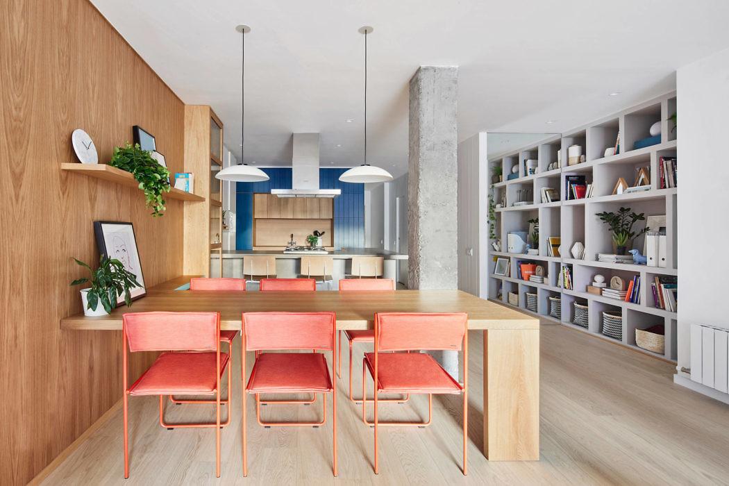 Apartment in Barcelona by Estudio Miriam Barrio