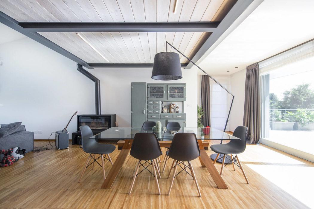 Loft in Italy by IDEeA Interior Design e Architettura