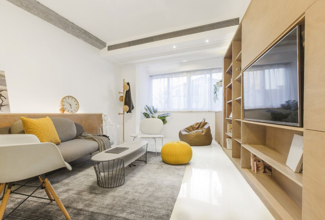 Kangping Road Apartment by TOWOdesign
