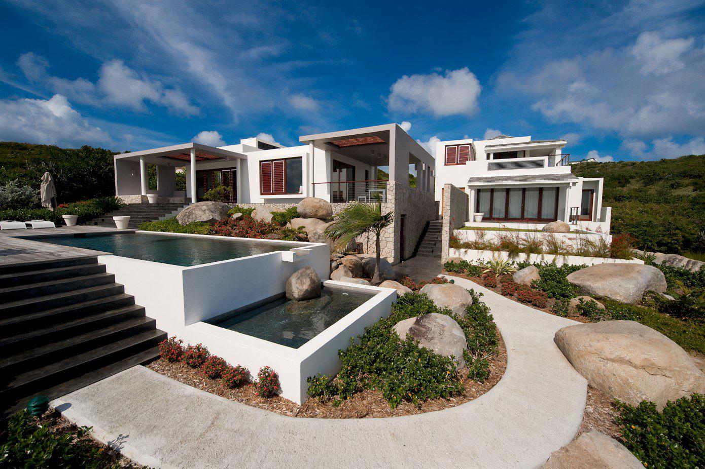 Bayhouse Villa by OBMI Architecture