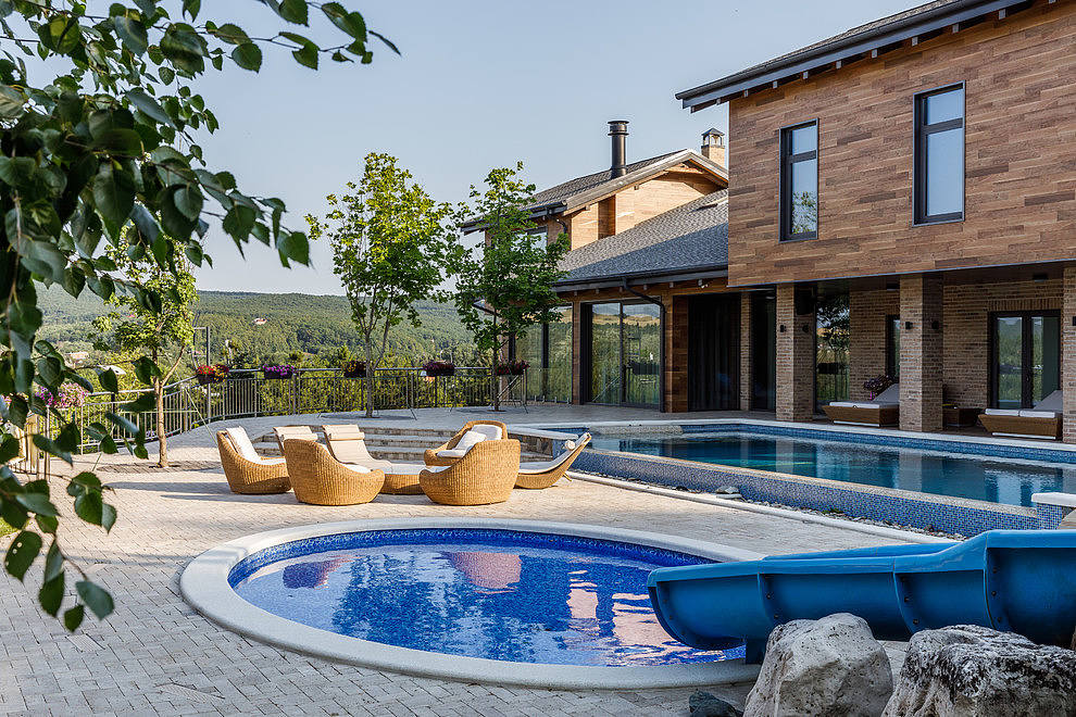 House in Moscow by Bon Ton