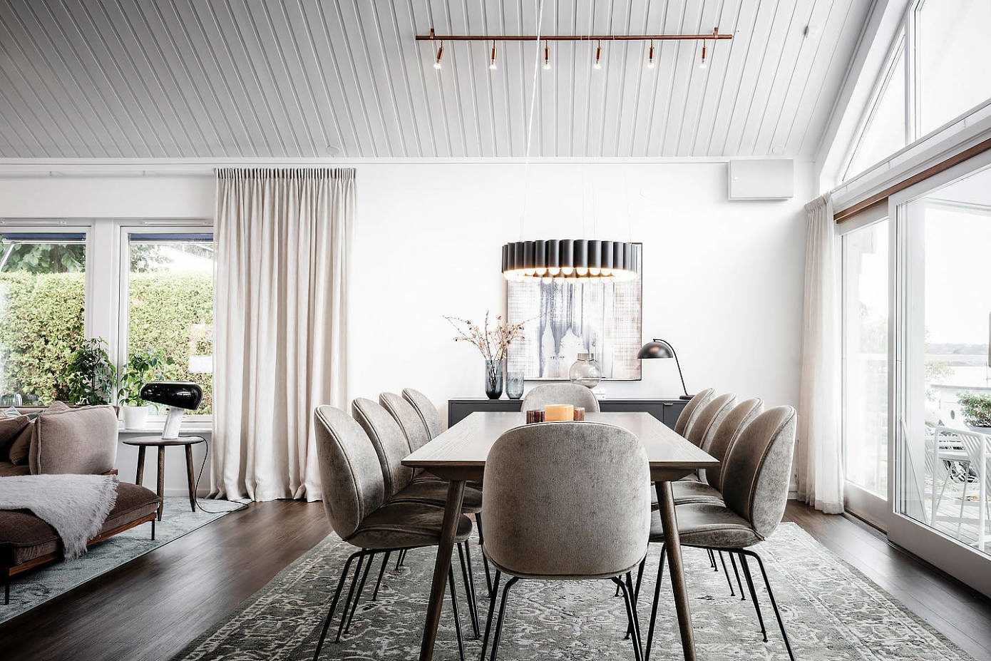 Beautiful Residence by Moodhouse Interiör