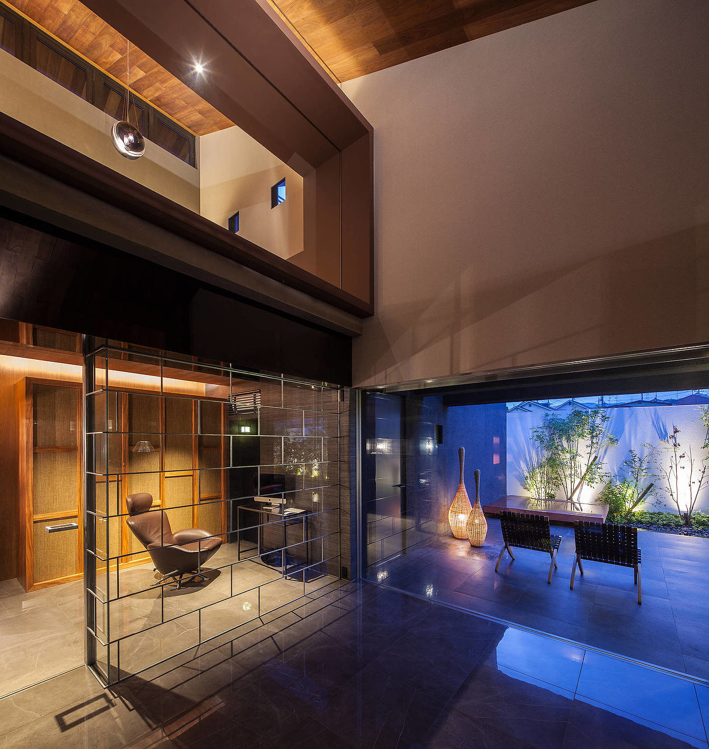 House in Japan by Hiraoka Architects