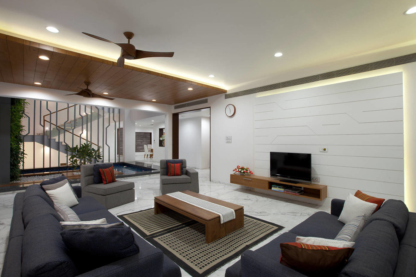 Fusion House by Sunil Patil and Associates