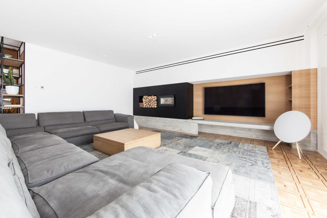 House AB by Didone Comacchio Architects