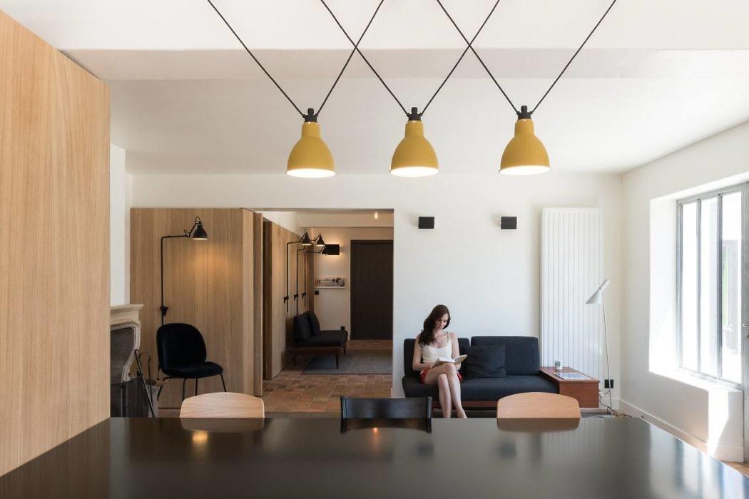 House in Les-Portes-en-Ré by Martins Afonso Atelier de Design