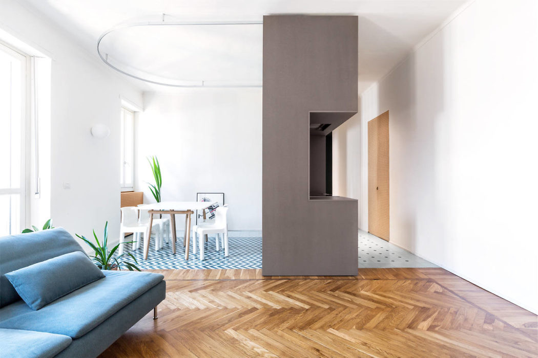 Small Size Apartment by BDRbureau