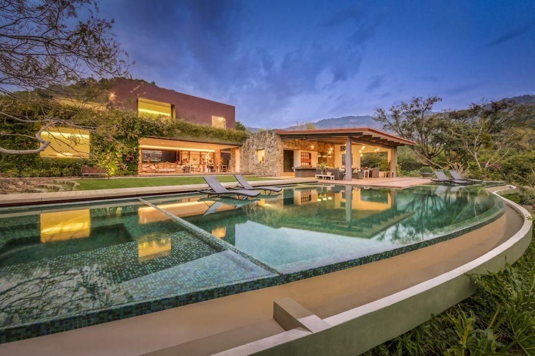 Casa M by Lopez Duplan Arquitectos