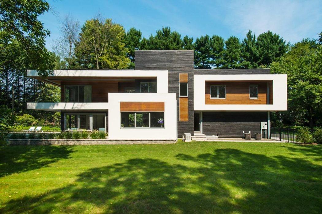 Blue Coat Lane Home by Vita Design Group