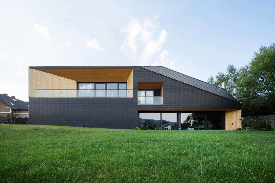 Black Rock House by MUS Architects