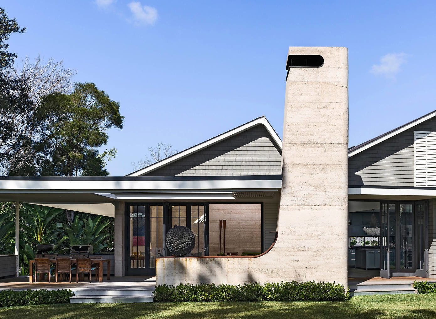Earth Wind and Fire by Luigi Rosselli Architects