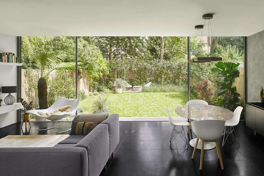 Dissolve House by Dominic McKenzie Architects