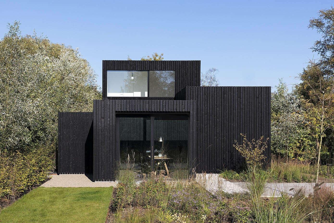 Tiny Holiday Home by i29 Interior Architects