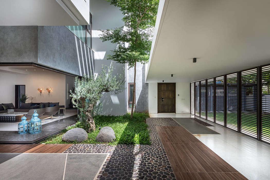 Courtyard Villa by Moriq