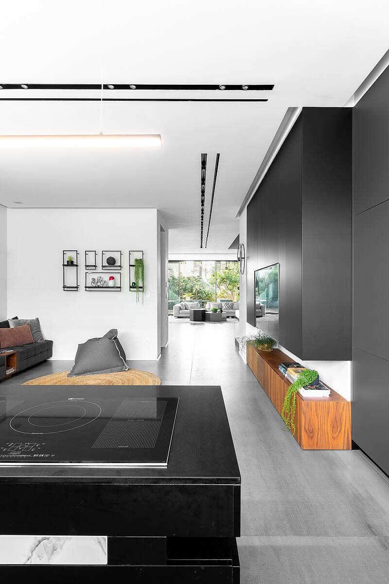 Urban House by Studio Makom