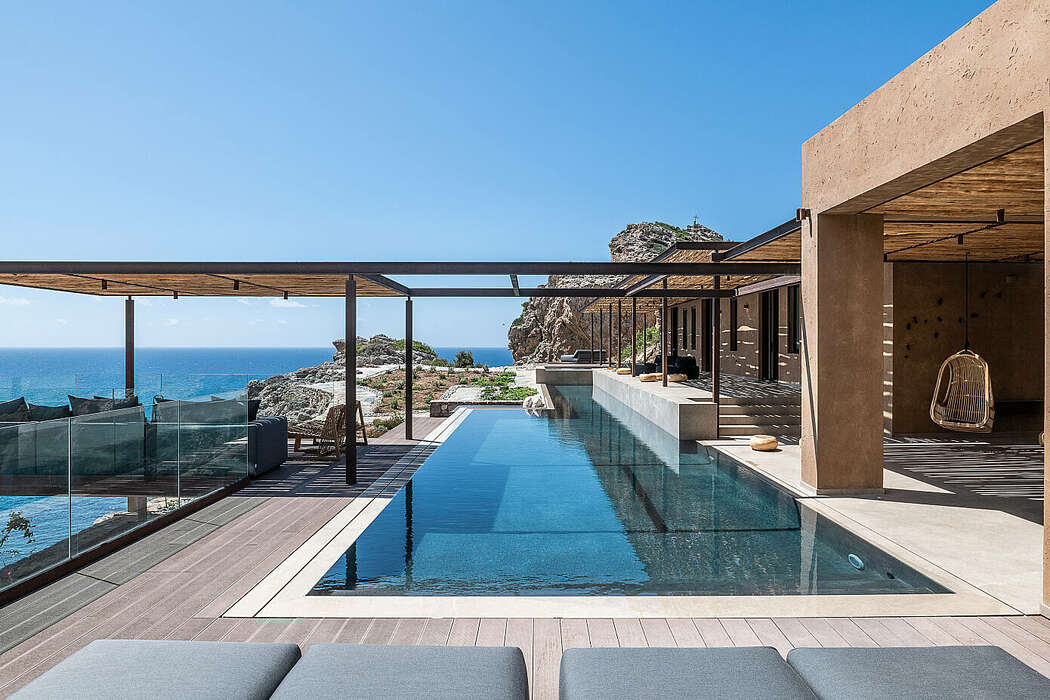 Vacation House by Paly Architects