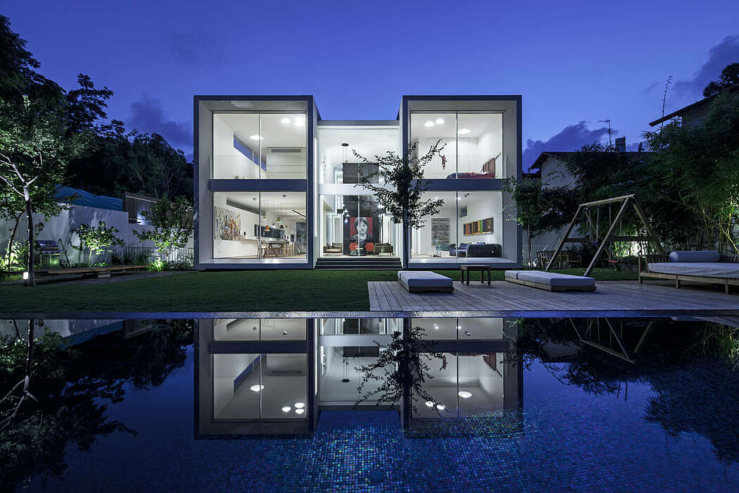Floating Tubes House by Anderman Architects