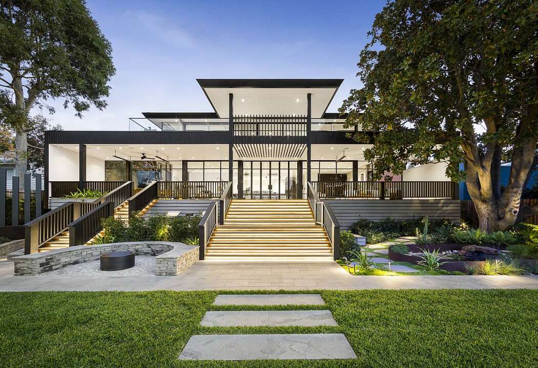 Home in Hampton by Integrated Technologies Australia