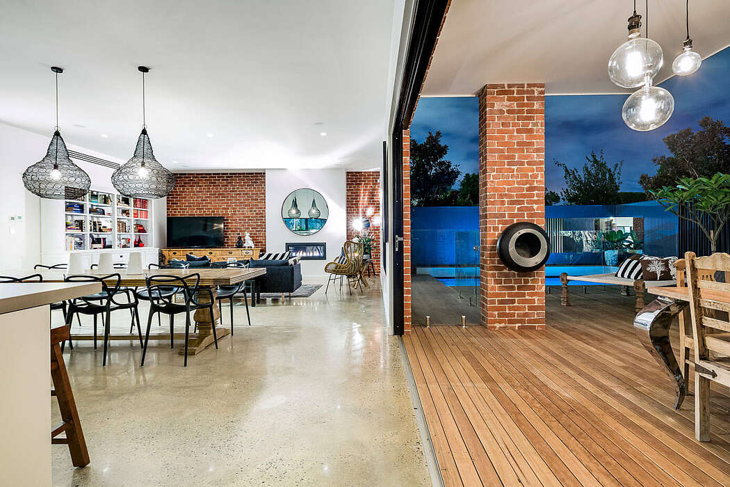 Hyde Park Home by 365 Studio