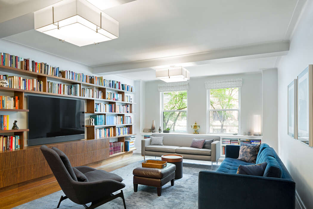 Pre-war Upper West Side Apartment by Studio ST Architects