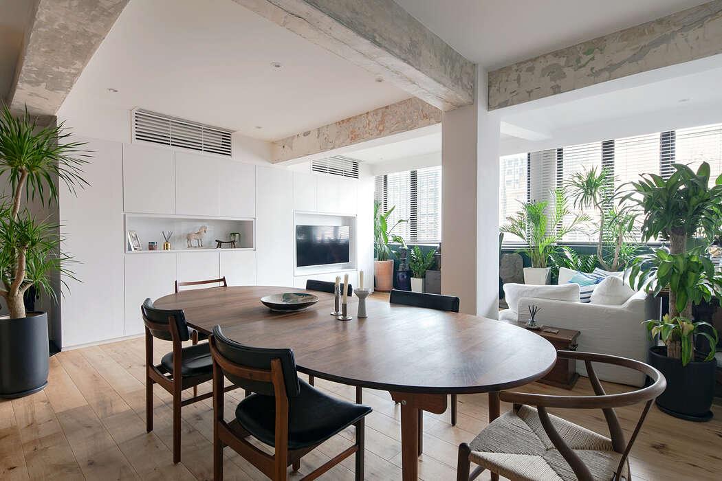 Quarry Bay Residence by Lim + Lu